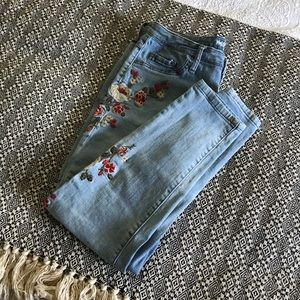 Women's size 12/31 Mossimo Jeans, High Rose Crop